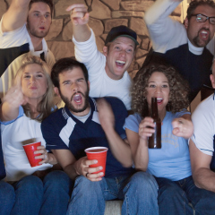 Super Bowl advertisers may resort to 'guerrilla' means to get eyes